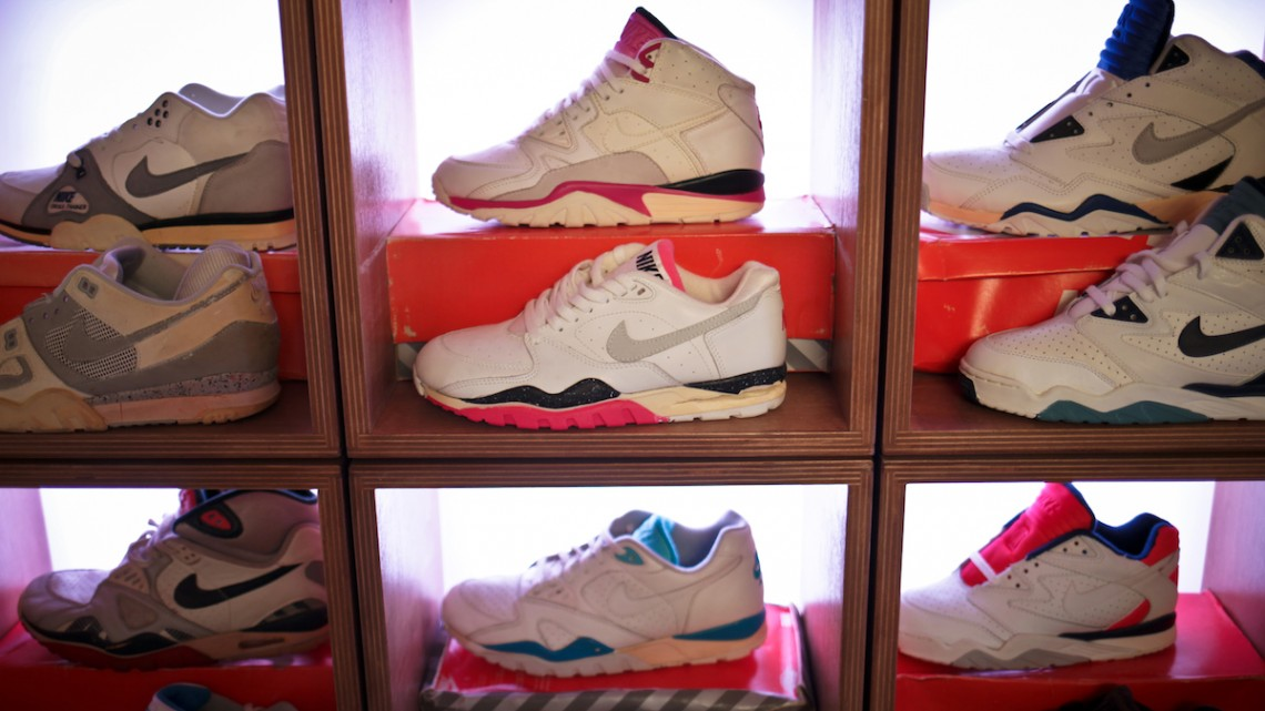 airtrainerpedia-sneakers-uglymely-mwshift