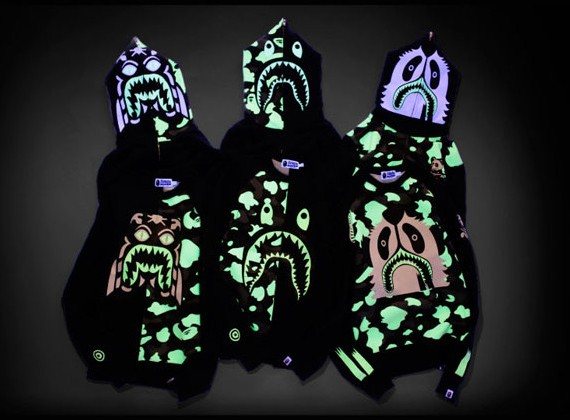 a-bathing-ape-glow-in-the-dark-collection-01[1]