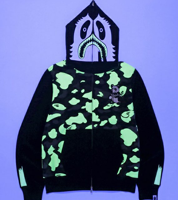 a-bathing-ape-glow-in-the-dark-collection-03[1]