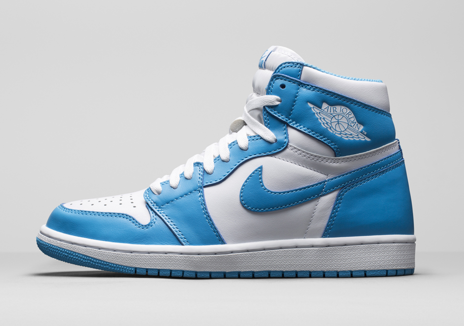 air-jordan-1-retro-high-og-unc-holiday-2015-1