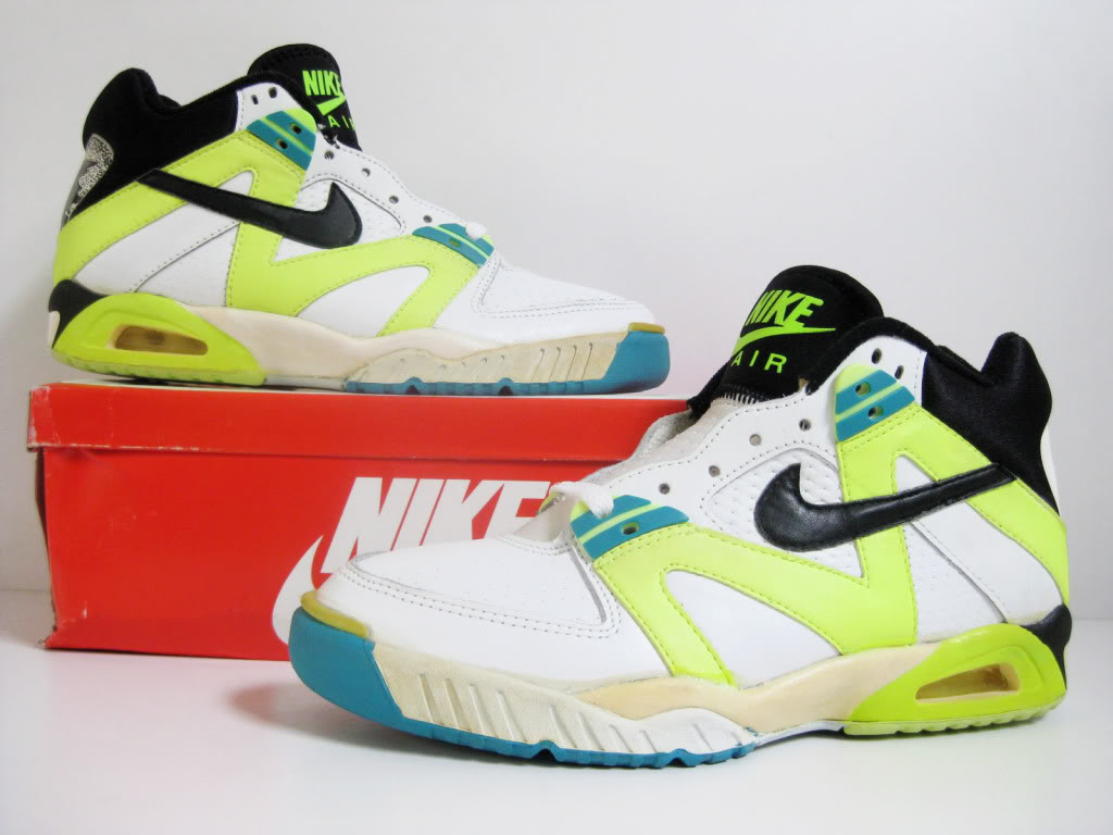 7d0a5213098 ... reduced nike air tech challenge iii original 1990 defy. new york  sneakers c4640 c3013