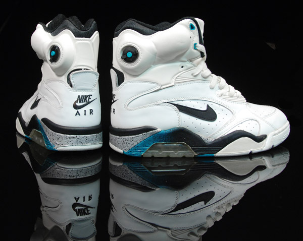 Pump Up Nike Shoes