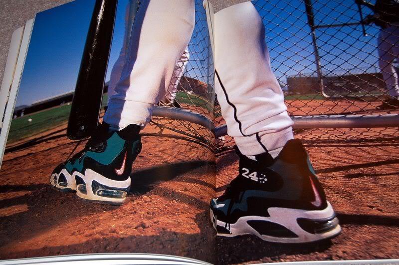 watch a66b6 bc44f Nike Air Griffey Max I Black Emerald Original 1996 – DeFY. New York ...