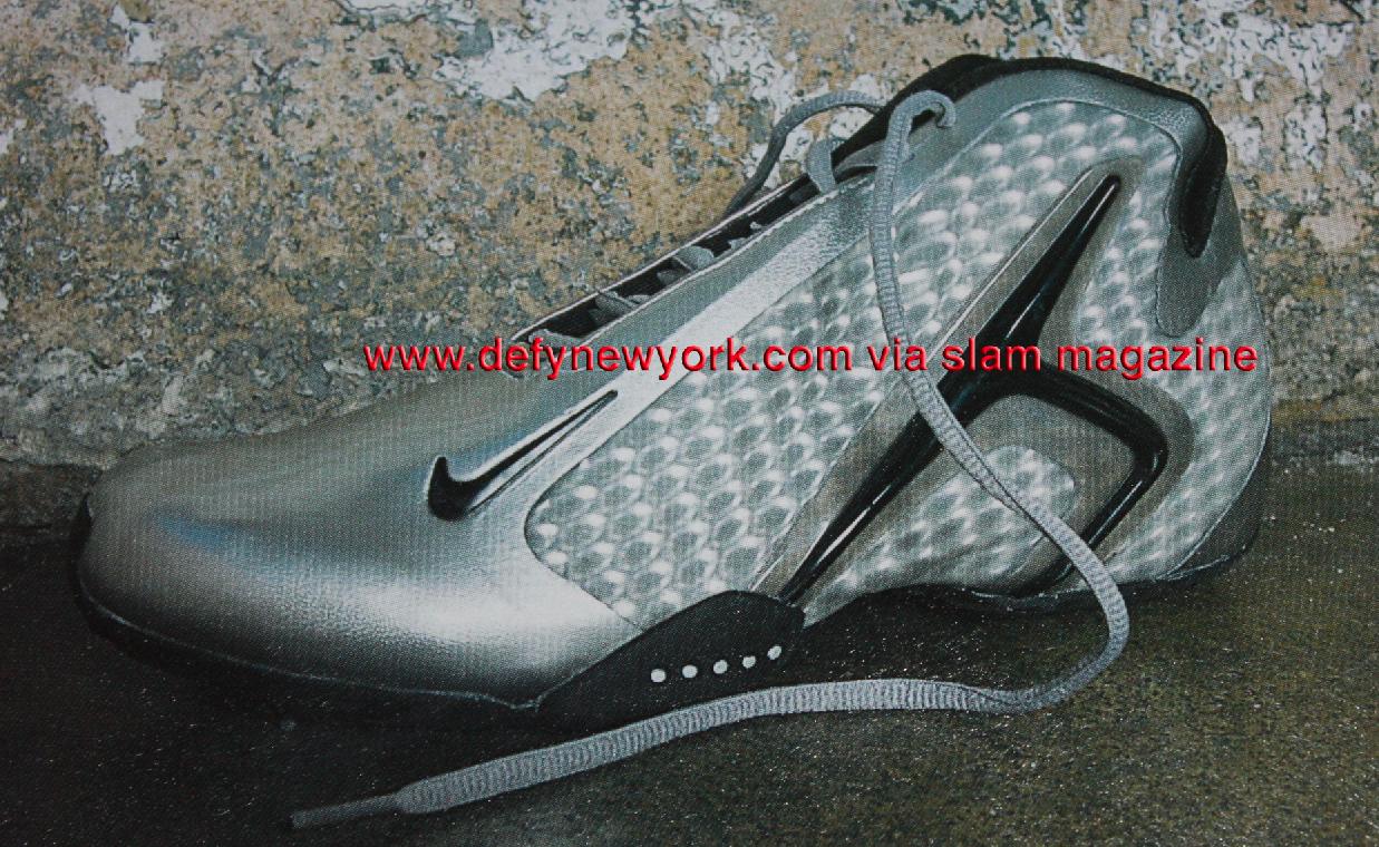 Nike Air Hyperflight Basketball Shoe