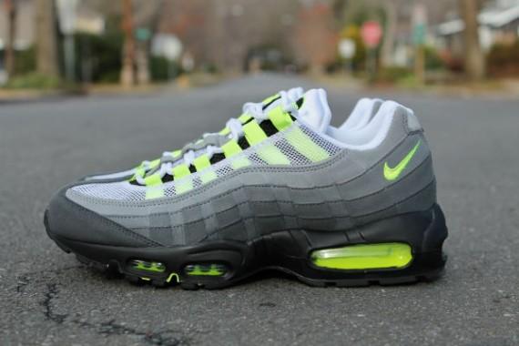 78f45e592893 DeFY. New York 50 Best Sneaker Releases Of 2013   DeFY. New York ...