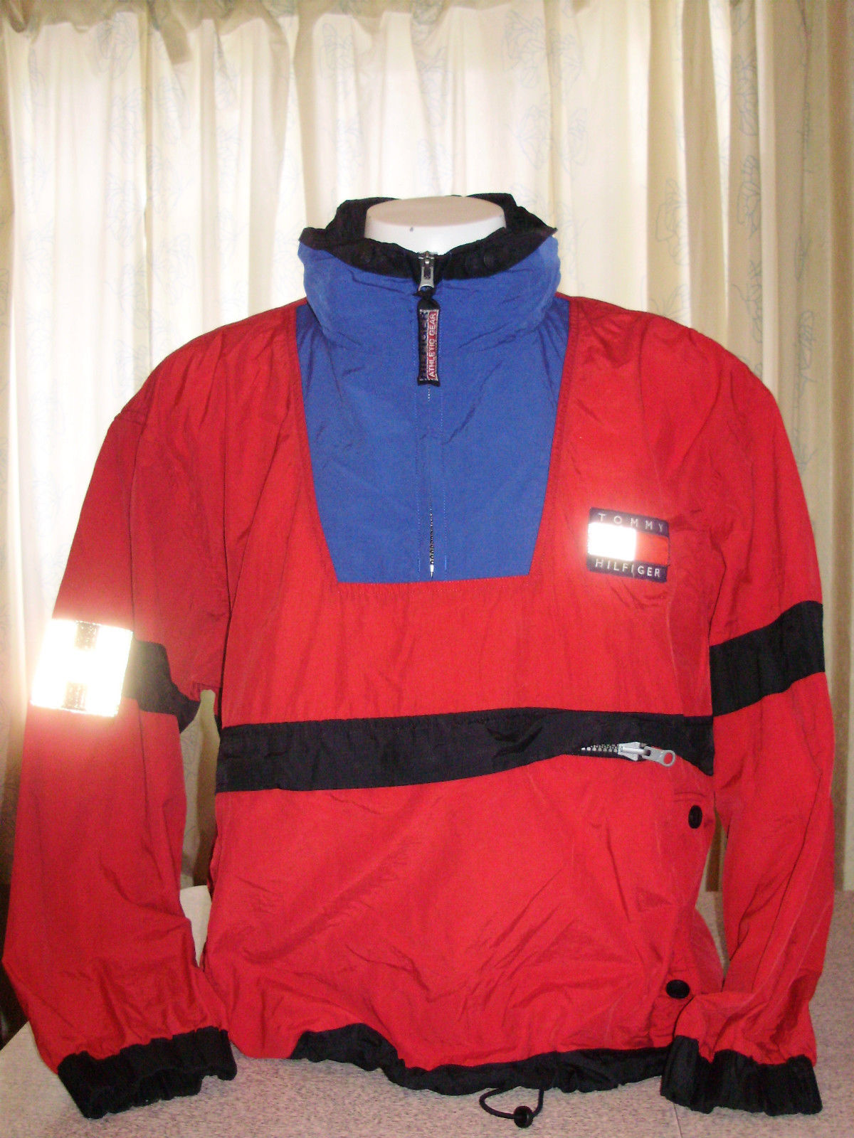 The Five Best Tommy Hilfiger Jackets On Ebay Right Now