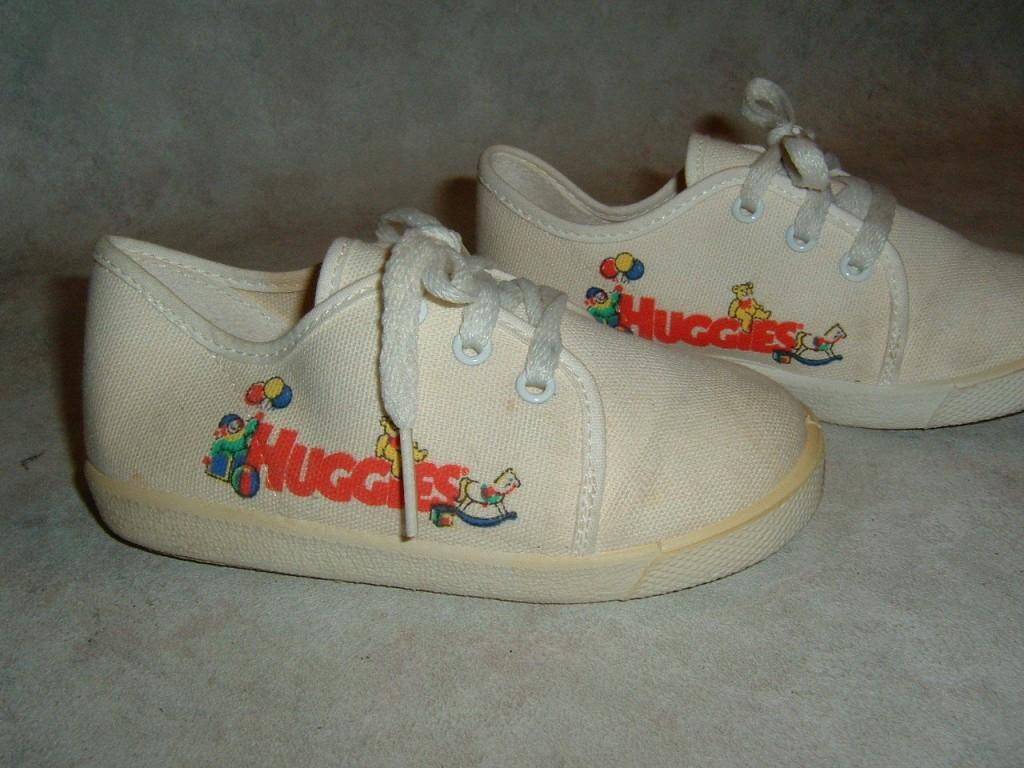huggies sneakers 1