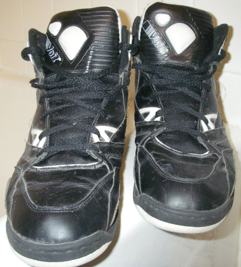 b4dcc072c306 P-U-M-P Pump Pump Pump  Voit Pump Sneakers – DeFY. New York-Sneakers ...