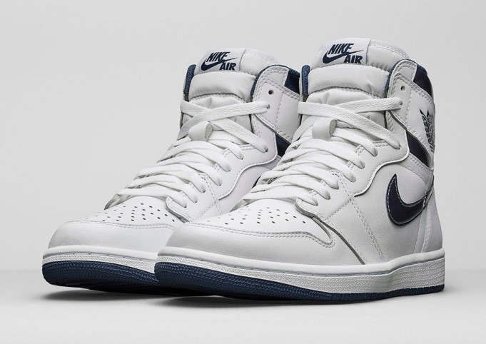 Air-Jordan-1-High-OG-Metallic-Navy-12-681x482