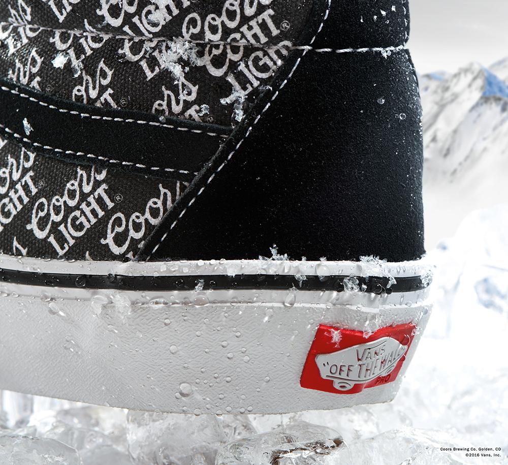 vans-coors-light-sneakers-03_ikwv3y