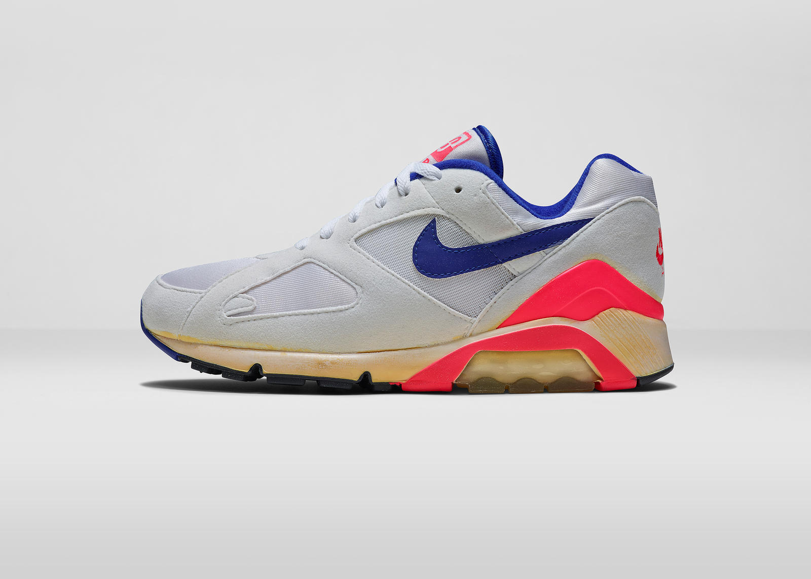 "THE NIKE AIR MAX 180 OG ""ULTRAMARINE"" IS BACK FOR 2018 BUT HAVE THEY GOTTEN  ANY CLOSER TO THE OG  39e4ae5c6"