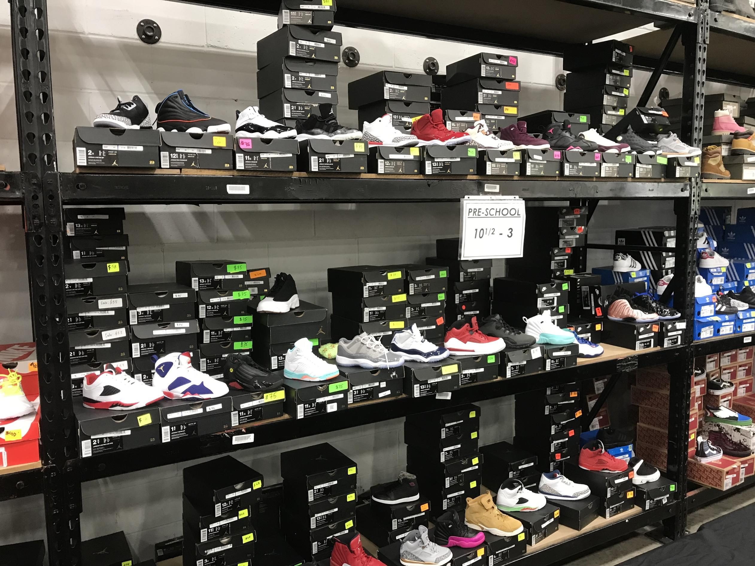 Does The Ny Tent Sale The Worlds Largest Sneaker Store Sell Real